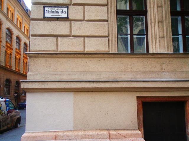Alkotmány utca 1. - A Házak Szépe 2010 nyertese